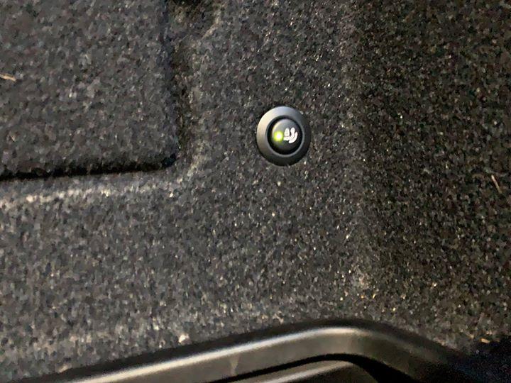 Doposażenie BMW 520d G30 w opcję S3AC Full Automatic Trailer Tow Hitch_2